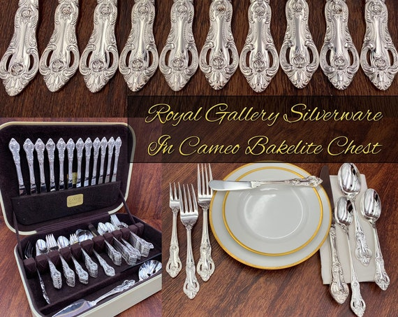 Vintage Silverware set in Bakelite Silverware Chest Service for 12 Flatware set, Wedding Silverware Gift