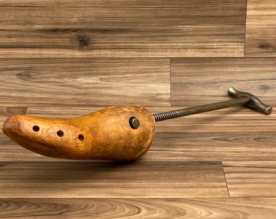 Vintage Shoe stretcher Wood Shoe Form, Rustic Home Decor, Industrial Home Decoration