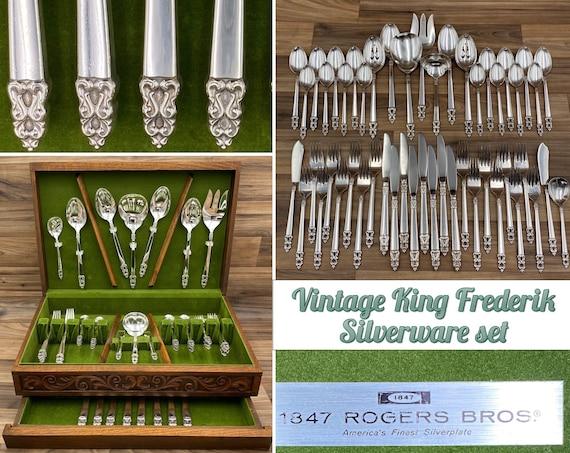 Vintage King Frederik Flatware Set in Silverware Chest, 1847 Rogers Bros, Service for 8, Serving set, Wedding Gift