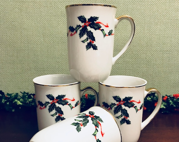 Vintage Holly Mugs, Holiday Lefton China Mugs set of 4, Porcelain Bough Holly mugs with Gold Gilt, Tea Gift for Her, Holiday