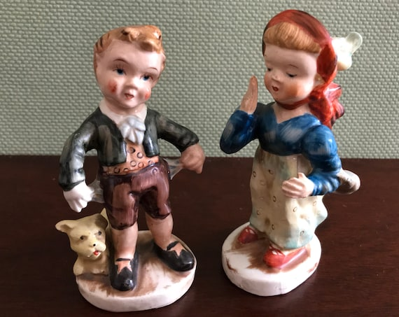 Occupied Japan Boy and Girl Figurines, Vintage hand painted Boy and girl, porcelain Couple Fogurines, collectible, 1940s figurine