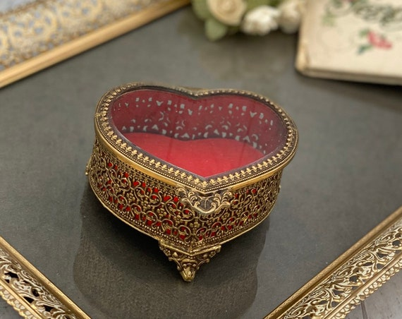 Vintage Heart shaped Jewelry Casket Gold Ormolu filigree Trinket Box with ornate Glass Lid red velvet cushion, Gift for Her, jewelry box