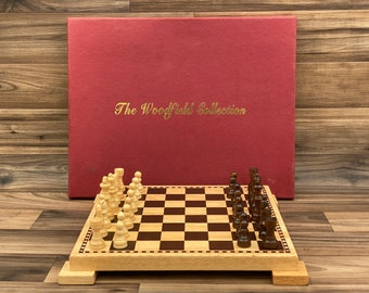 """1/"""" Red and Black Vintage Wooden Checker Set 24 Pieces"""
