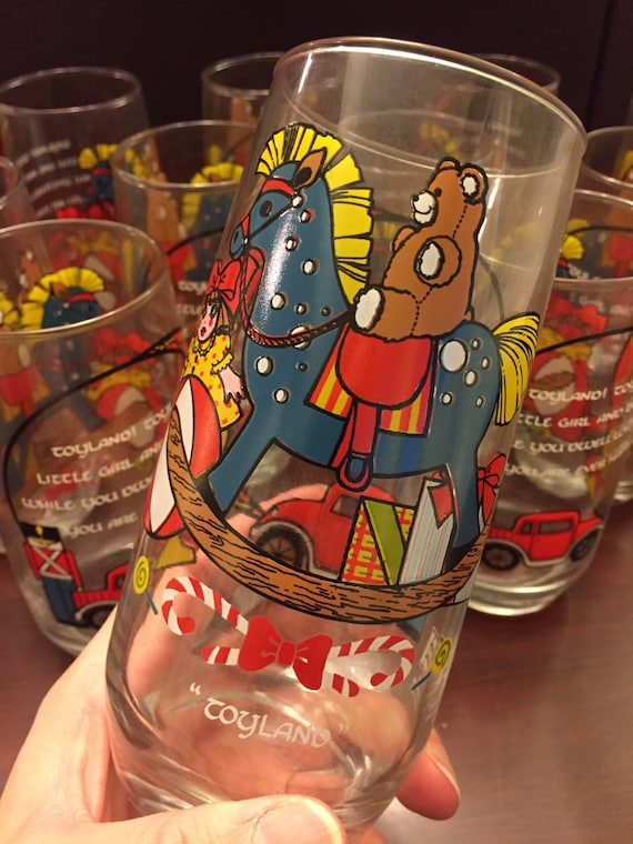 Vintage Pepsi Glasses Collectible Pepsi Toyland Christmas glasses