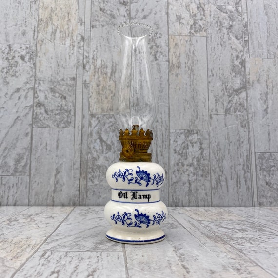 Vintage Miniature Blue Onion pattern Oil lamp