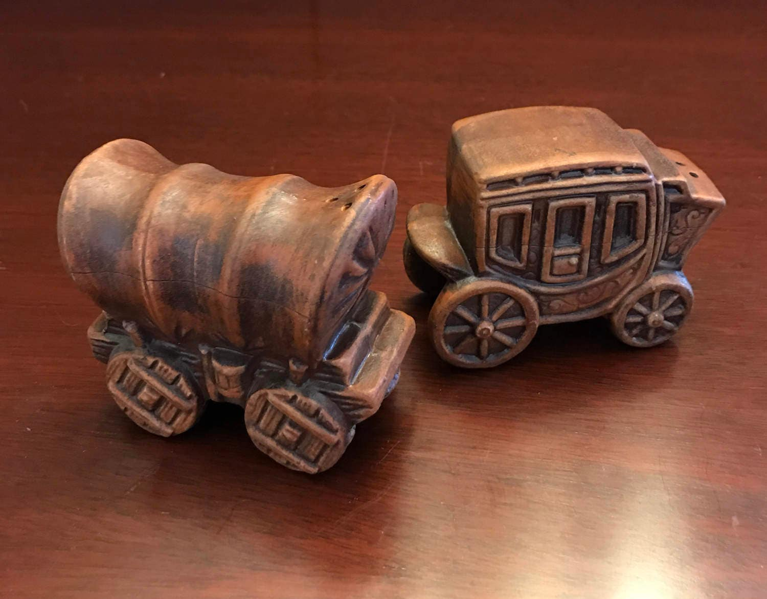 Vintage Stagecoach Covered Wagon Salt Pepper Shakers Ceramic Salt Pepper Western Decor Collectible Salt And Pepper Set Rustic Farmhouse