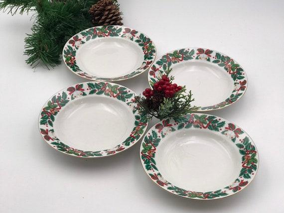 Vintage Christmas China Soup bowls set of 4 Royal Majestic Holiday Cheer pattern Gold trim, Buffet Dinner Rimmed soup bowls Holiday Dinner