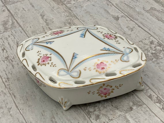 Vintage Porcelain Trinket Box, Gift Box, Gift for Her, Hand painted Floral covered dish