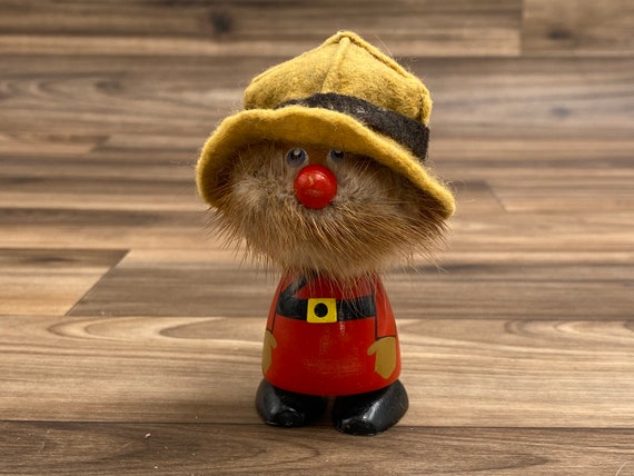 Vintage Canadian Mountie figurine with fur beard painted Red coat and Felt Hat, Fufel Doll Handmade in Canada