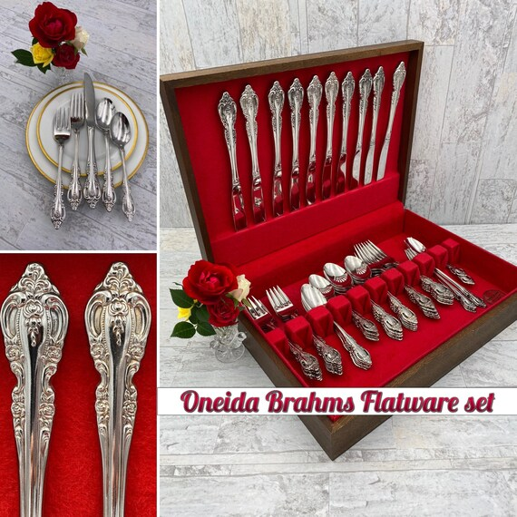 Vintage Oneida Brahms Stainless flatware Set, service for 10, Silverware Chest