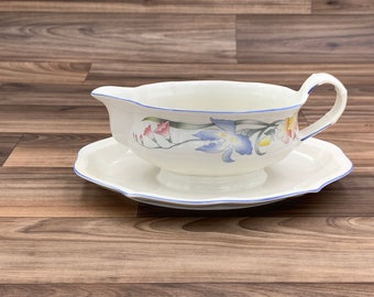 Vintage Gravy Boat with attached under plate Floral Villeroy and Boch Riviera Porcelain, Gift for Her