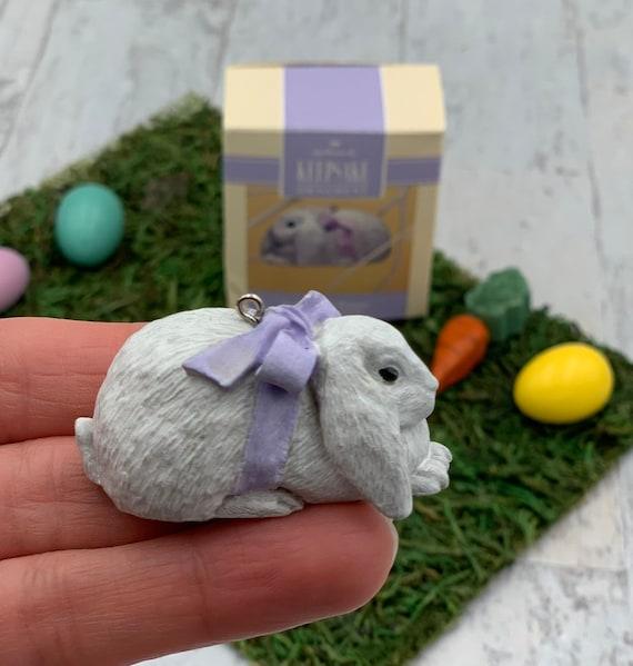 Vintage Lop Eared Bunny Easter Hallmark Ornament, Easter bunny ornament, 1993 Collectible Hallmark Ornament