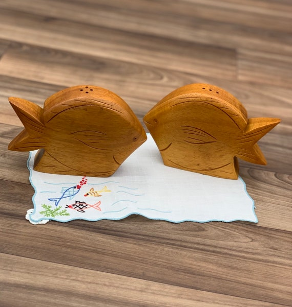 Vintage Fish Salt and pepper shakers carved Hawaiian Koa wood