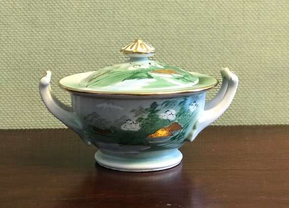 China Sugar Bowl, Mid Century Kutani Asian china Mt Fuji Scene Yozan China, Estate China, Occupied Japan era China, Tea party, gift