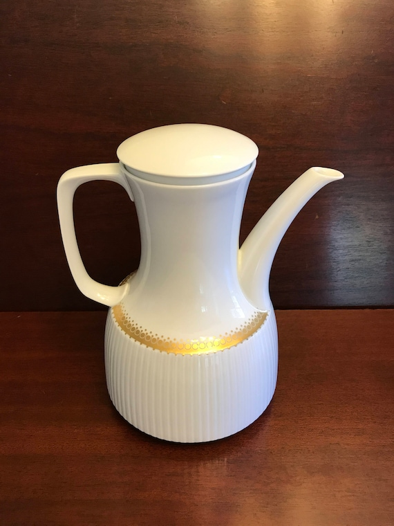Mid Century Modern White and Gold Teapot Designer Wirkkala, Rosenthal Studio Line, MINT Condition Rare MCM China