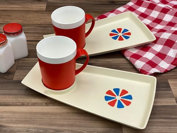 Vintage Picnic set, Plastic Plate and mug set, Picnic plates, Vintage Trailer Camping Glamping Rustic Cabin, patriotic