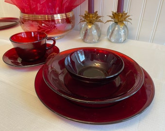 Royal Ruby Glass Dinnerware, Anchor Hocking Dishes, 18 Piece set