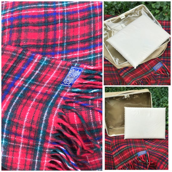 Vintage Pendleton Plaid Wool Blanket, Pendleton Robe in a Bag, Red plaid wool Blanket, Rustic Cabin, Glamping Camping, Stadium Blanket