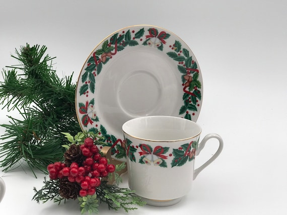 Vintage Christmas China Teacup and saucer, 1 Royal Majestic Holiday Cheer pattern Gold trim, Holiday Tea party