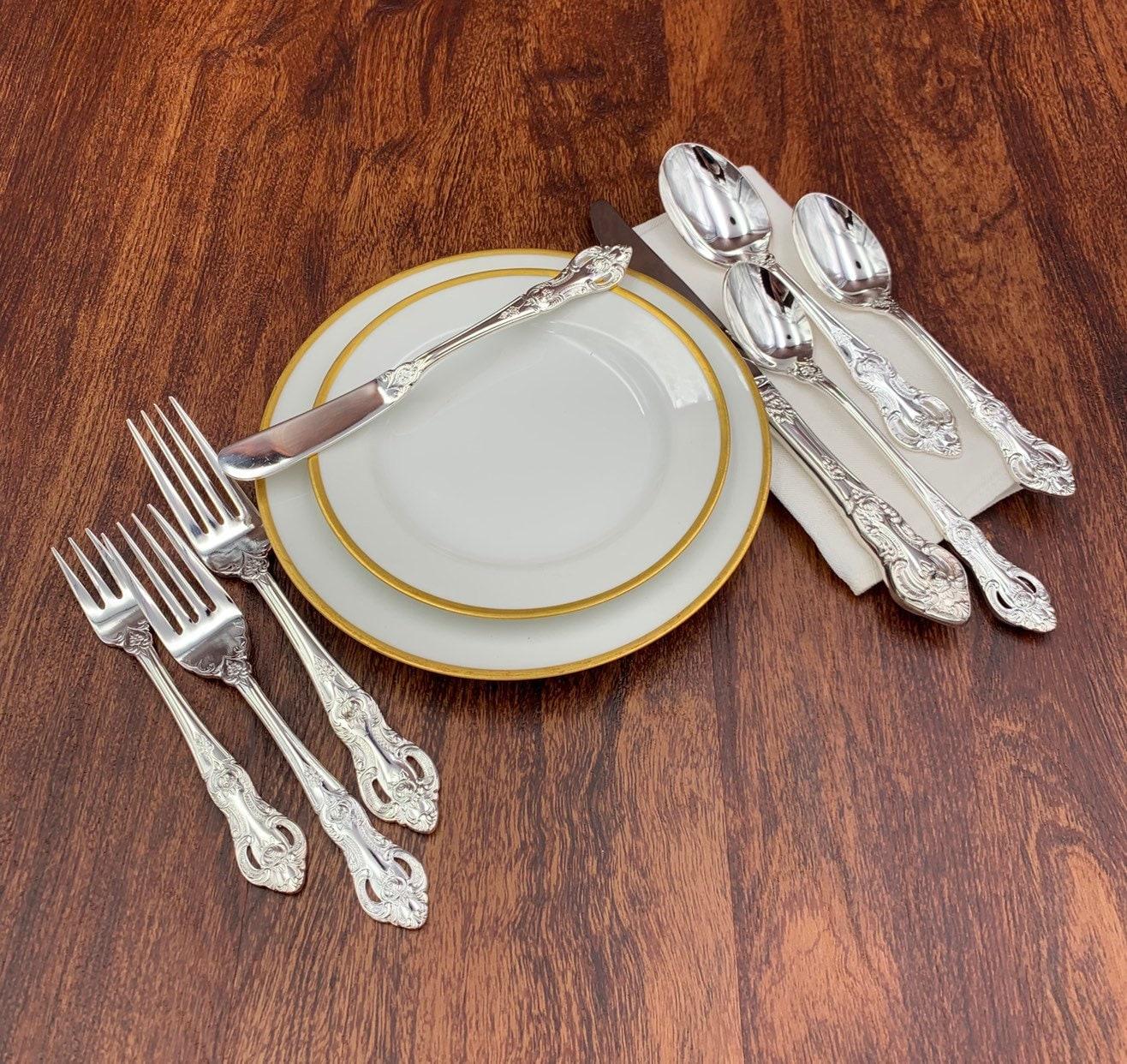 Silverware Wedding Gifts: Vintage Silverware Set In Bakelite Silverware Chest