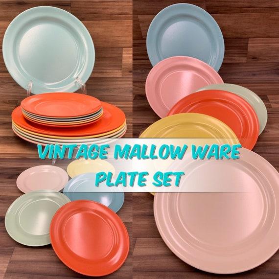 Vintage Mallow ware Plates, Melmac Plastic Plate set, Mid Century Plastics, Picnic plates, Vintage Trailer Camping Glamping Rustic Cabin