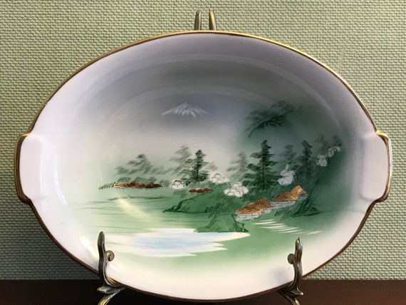 Mid Century Kutani China Oval Serving Bowl, Asian china, Mt Fuji Scene, Yozan China, Estate China, Occupied Japan era China, gift