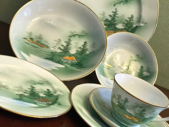 Mid Century Kutani China, Asian china, Mt Fuji Scene, Yozan China, Estate China Dish sets, Occupied Japan era China, Green Dinnerware, gift