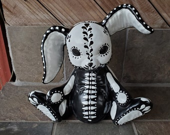 Dia de los Muertos Calavera Fox Enamel Lapel Pin -colorful- Alebrije Sugar Skull