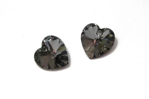 Swarovski 6228 Xilion Heart 14mm Pendant Crystal Silver Night Pack of 2
