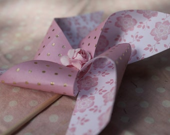 Set of 6 windmills shades of pink, gold and white