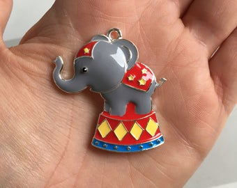P99 Circus Elephant Pendant for Chunky Necklaces