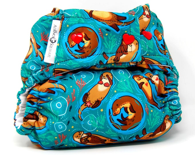 Cloth Diaper : Sea Otters Print Cover or Pocket Diaper (One Size) Baby Shower Gift, Baby Nursery