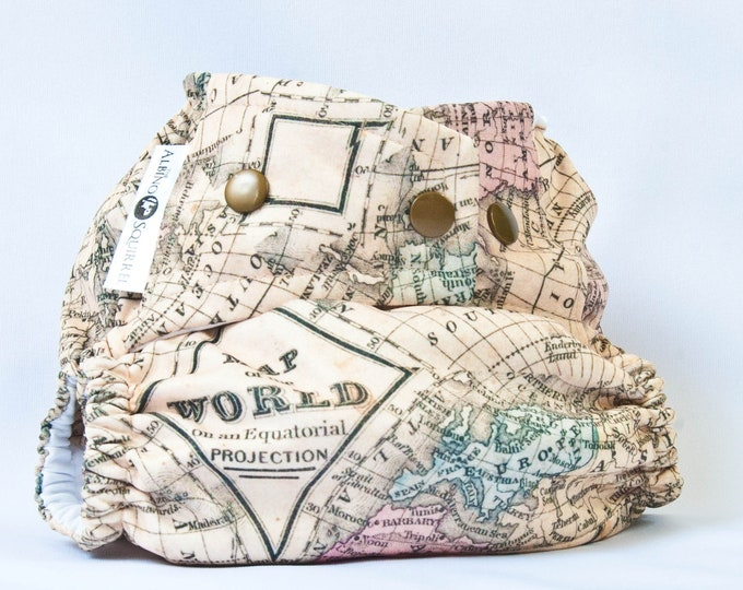 Cloth Diaper : World Map Print Cover or Pocket Diaper (One Size) Baby Shower Gift, Baby Nursery