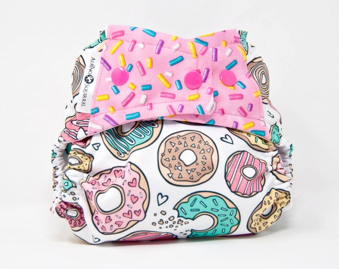 Cloth Diaper : Donuts Diaper Cover or Pocket Diaper (One Size) Baby Shower Gift