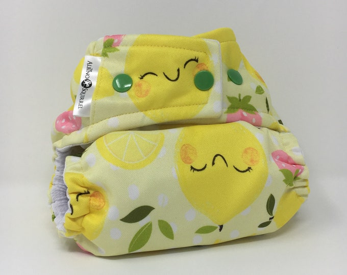 Cloth Diaper : Lemons and Strawberries Print Cover or Pocket Diaper (One Size) Baby Shower Gift, Baby Nursery