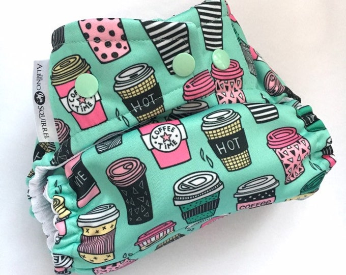 Cloth Diaper : Latte Coffee Frappuccino Print Cover or Pocket Diaper (One Size) Baby Shower Gift, Baby Nursery