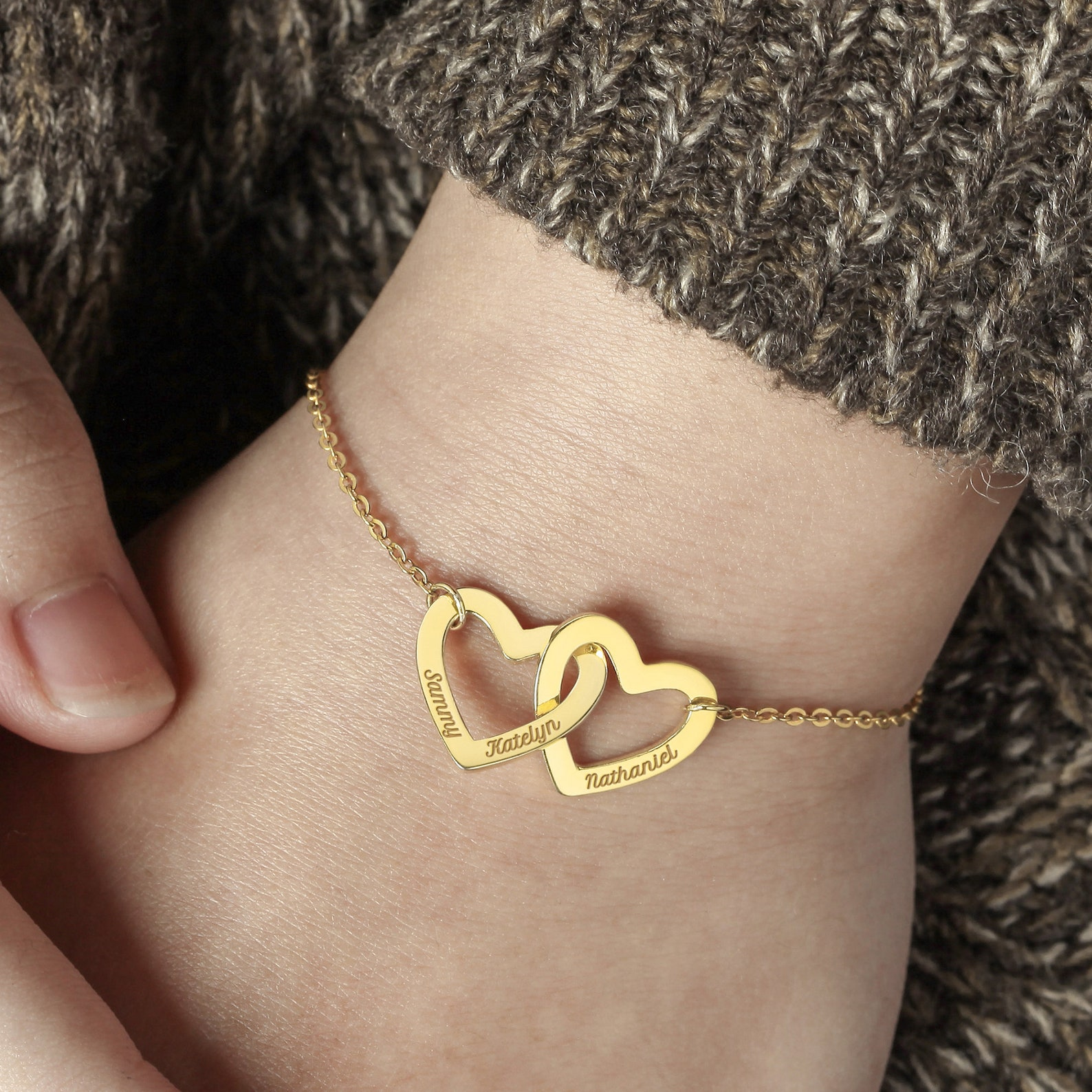 Gifts for Mom: Personalized Bracelet