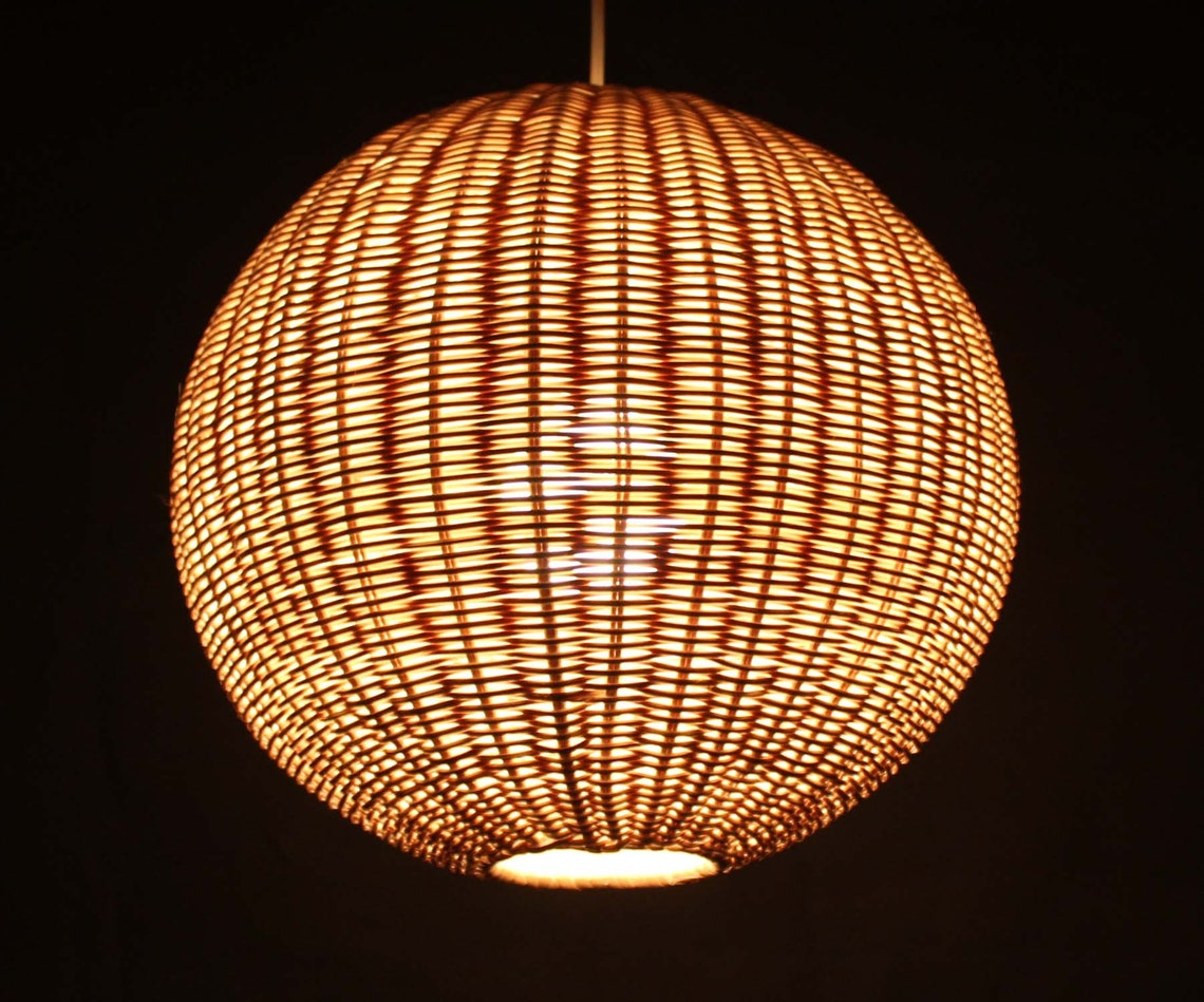 Spherical Rattan Pendant Lights-Rattan Lighting-Rustic Lighting-Ceiling lighting-Decor Lamps-Counter Lighting - Free Shipping Worldwide - Eclairage