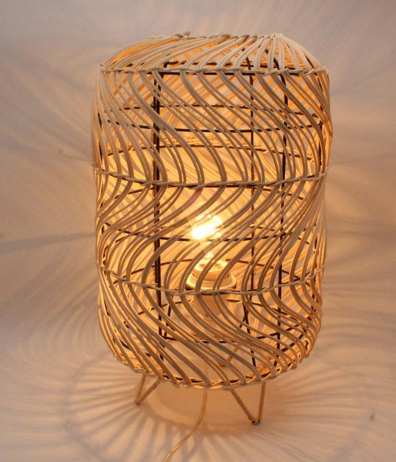 Creative Rattan Table Lamps 110-230V50-60Hz No Plug Converter Rattan Desk Lighting Fixtures Free Shipping Worldwide
