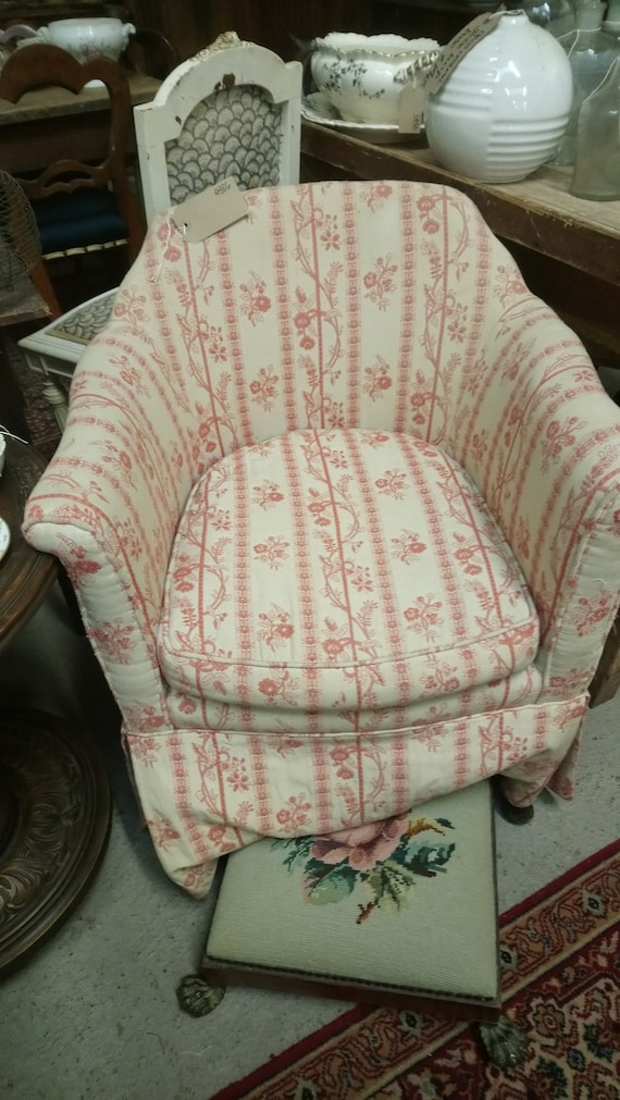 Vintage ladies fireside or bedroom tub chair for upholstery project
