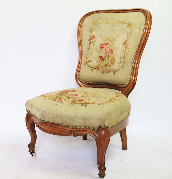 Pretty C19th walnut carved tapestry seated salon chair