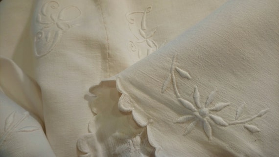 Beautiful antique French linen monogrammed and scallop edge daisy embroidered bedding bridal or dowry top sheet