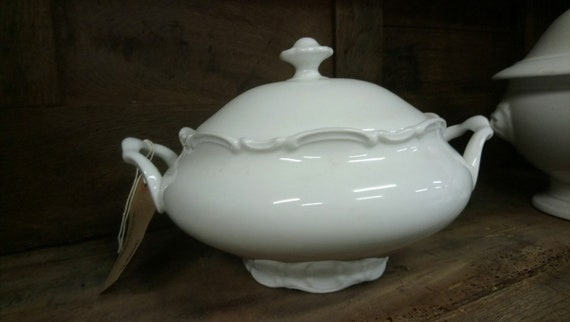 Lovely French antique white porcelain serving dish tureen soupiere