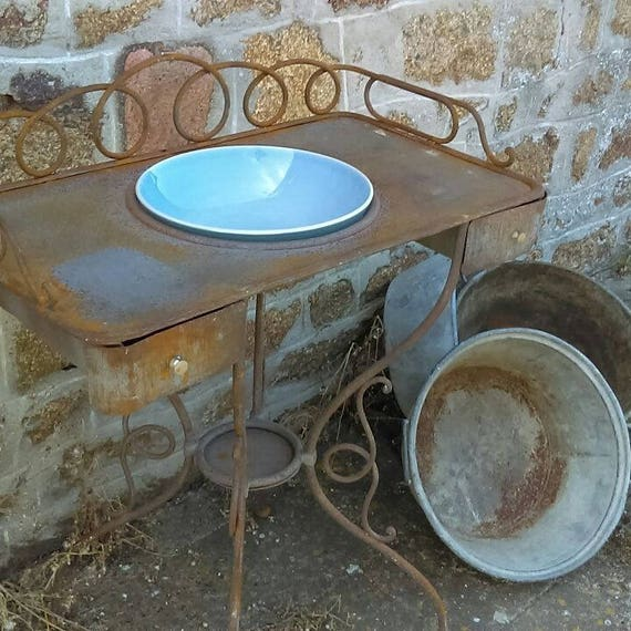 Beautiful French wrought iron wash stand with aperture for bowl and undertier for jug.