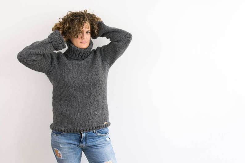 Oversized chunky hand knitted sweater in wool and alpaca  image 0