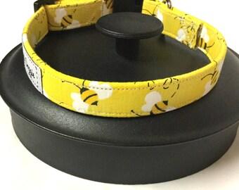 Dog collar, bumble bee dog collar, yellow dog collar, bee collar, adjustable dog collar, puppy collar, pet gift