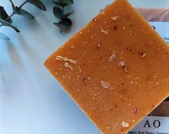Organic Raw Honey, Turmeric, Oatmeal + Goat's Milk Skin Mix, Fix. Luxurious Lather, Blemish Clearing, Hand-Mastered Big 5 oz Bar Soap