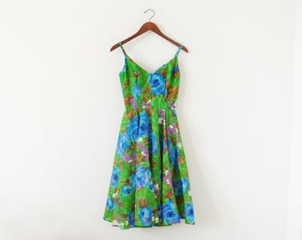 SALE ~ 1970s COCO California / 70s floral dress / Full skirt / Small