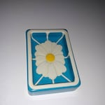 Vintage daisy plastic soap dish