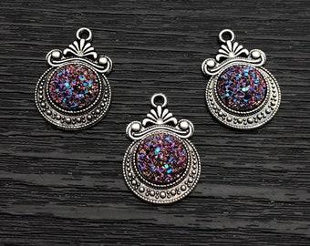 2 x Light Grey Heart Druzy Charms Resin Druzy Heart Pendant Electroplated Druzy Imitation Charms Faux Gemstone Pendants